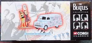 W50.2 - 672. 1 Corgi  05606 Beatles Bedford Graffiti Van (1)