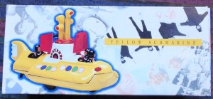 W50.2 - 672.4 Corgi 05401 Beatles Yellow Submarine  (1)