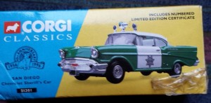 W894 - 40.7 - Corgi  51301 - San Diego Chevrolet Sherriffs Car (1)