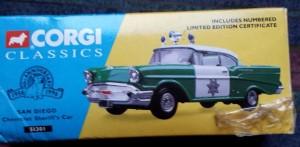 W894 - 40.7 - Corgi  51301 - San Diego Chevrolet Sherriffs Car (1)