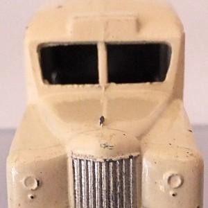 Matchbox 1.75 Reg # 14b - Daimler Ambulance 58mm Cream (4)