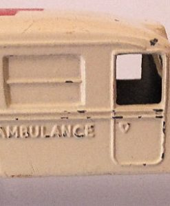 Matchbox 1.75 Reg # 14b - Daimler Ambulance 58mm Cream (5)
