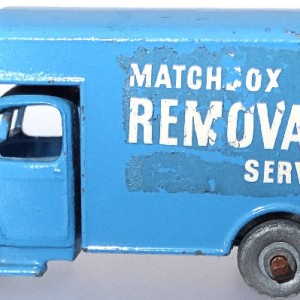 Matchbox 1.75 Reg # 17a - Bedford Matchbox Removals Service - Lt Blue
