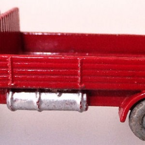 Matchbox 1.75 Reg # 20b ERF Stake Truck -57mm -red silver trim