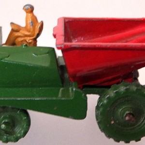 Matchbox 1.75 Reg # 2b Muir Hill Dumper - Smaller early version - 42mm (1)