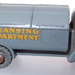 Matchbox 1.75 Reg - #38 Karrier Bantham refuse collector (2)