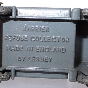 Matchbox 1.75 Reg - #38 Karrier Bantham refuse collector (4)