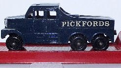 MatchBox M6 Pickfords 200ton Transporter - rrare brigth red (1)