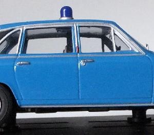 PMcA 11.5 - MB V08205 .Triumph 2500 Met Divisional Area Car (11)