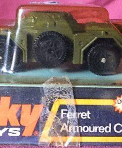 Julian  213 - Dinky #680 Ferret Armoured Car