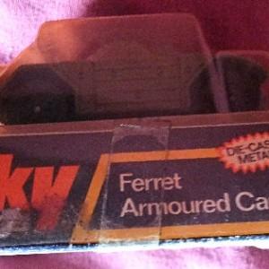 Julian  213 - Dinky #680 Ferret Armoured Car (3)