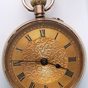 L636.11 - 9ct Gold Fobwatch 1909c (1)