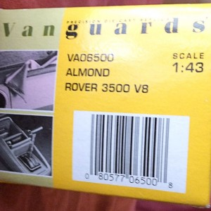 W726-26.1  Corgi Vanguards VA06500 Rover 3.5 litre . Almond (1)