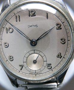 BF40.7 - Smiths Vintage WW (13)