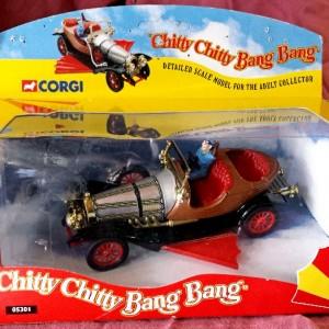W561-21 . Corgi 05301 - Chitty Chitty Bang Bang