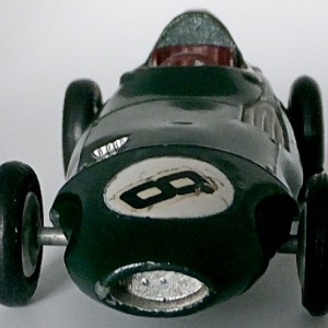 012 - 101 Corgi 150s Vanwall F1 Racing Car