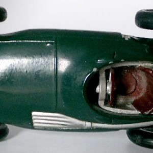 012 - 101 Corgi 150s Vanwall F1 Racing Car (8)