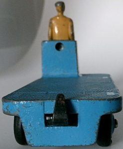 012 - 99 Dinky 14a BEV Electric Truck (3)
