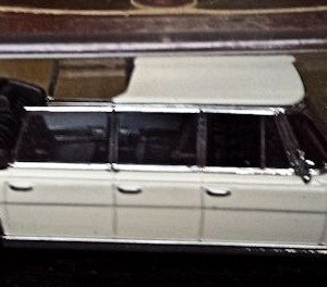W273-1.1 . Vitesse L063A  Mercedes 600 Landaulet (1)