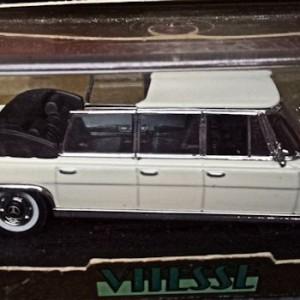 W273-1.1 . Vitesse L063A  Mercedes 600 Landaulet (2)