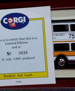 W285-5.2 -Corgi 91853 . The Yorkshire Rider Series Bradford & Leeds  75th Anniversary  (8)