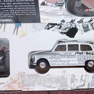 W50.2 - 672. 5 Corgi  58003 Beatles Newspaper Taxi   (11)
