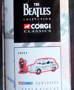 W50.2 - 672. 5 Corgi  58003 Beatles Newspaper Taxi   (9)