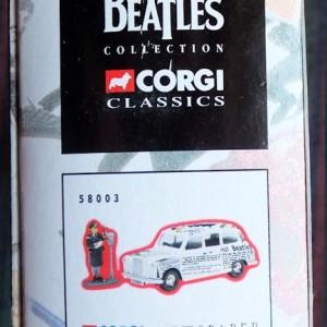 W50.2 - 672. 5 Corgi  58003 Beatles Newspaper Taxi   (9)