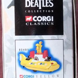 W50.2 - 672.4 Corgi 05401 Beatles Yellow Submarine  (10)