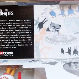 W50.2 - 672.4 Corgi 05401 Beatles Yellow Submarine  (11)