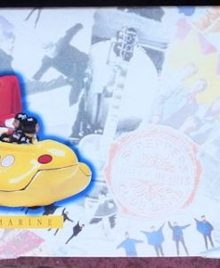 W50.2 - 672.4 Corgi 05401 Beatles Yellow Submarine  (3)