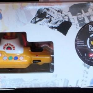 W50.2 - 672.4 Corgi 05401 Beatles Yellow Submarine  (7)