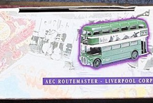 W50.2 - 672.6 Corgi 35009  Beatles AEC Route Master Bus Liverpool Corporation   (2)