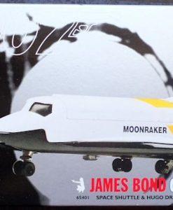 W50.21-674.4 -Corgi 65401  James Bond Collection Space Shuttle and Hugo Drax  figure  (1)