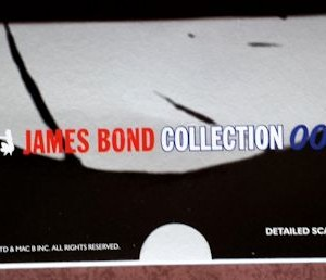 W50.21-674.6 -Corgi 65301 James Bond Collection  Citroen 2CV and Bond figure set   (7)