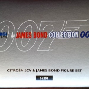 W50.21-674.6 -Corgi 65301 James Bond Collection  Citroen 2CV and Bond figure set   (8)