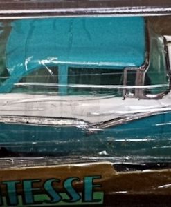 W894-40.3 . Vitesse L010  Ford Fairlane Victoria 1956 - Blue and White   (3)