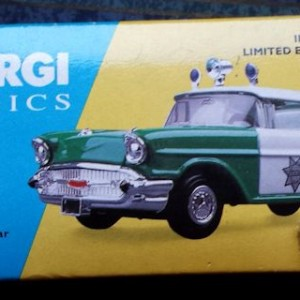 W894 - 40.7 - Corgi  51301 - San Diego Chevrolet Sherriffs Car (2)