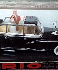 W894-40.7 - Rio 100P . 1960 Mercedes Benz 300d Limousine - Pope John XX111 (2)
