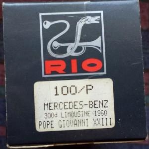 W894-40.7 - Rio 100P . 1960 Mercedes Benz 300d Limousine - Pope John XX111 (7)