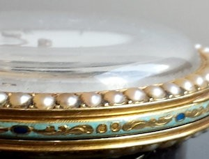 307 D - Coirvoisier Pearl Set Gold nd Enamle Duplex (2)