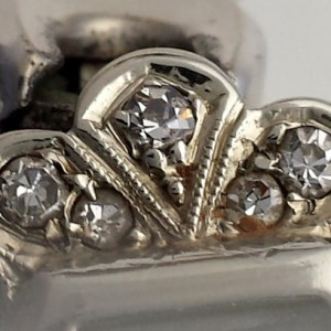 L651 - 18ct white gold . diamonds WW (20)